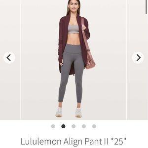 BNWOT Titanium lululemon align size 8